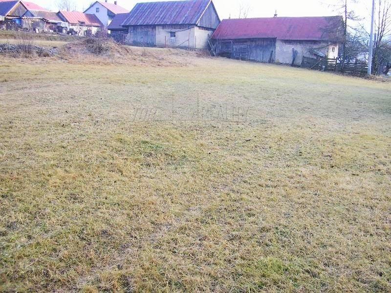 Pozemok na výstavbu rodinného domu na Šumiaci