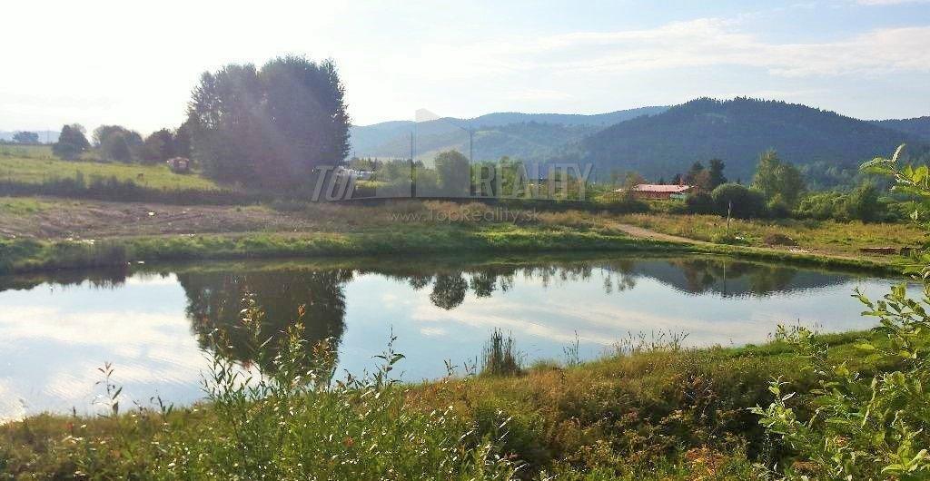 Predám čarovný pozemok pri rybníku na Polomke
