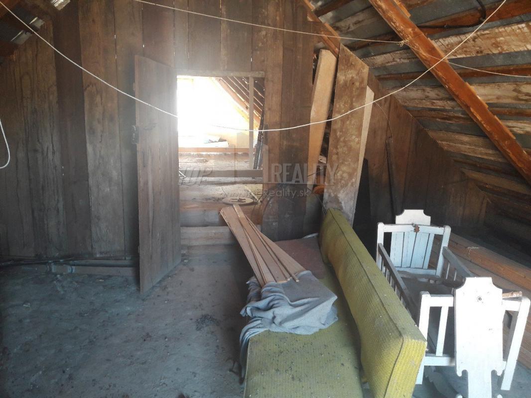 chata v Hronci