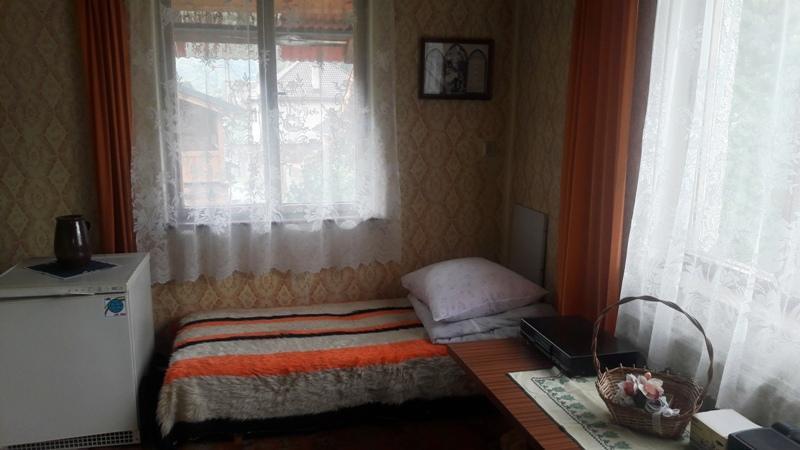 6 izbový rodinný dom v Mýte pod Ďumbierom v dobrom stave v tichej časti obce, auto na sťahovanie zadarmo