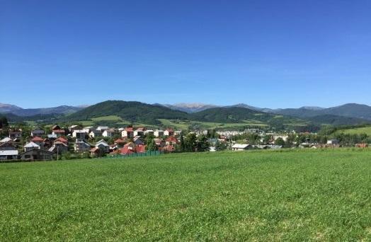 Ponúkame na predaj stavebný pozemok v Brezne