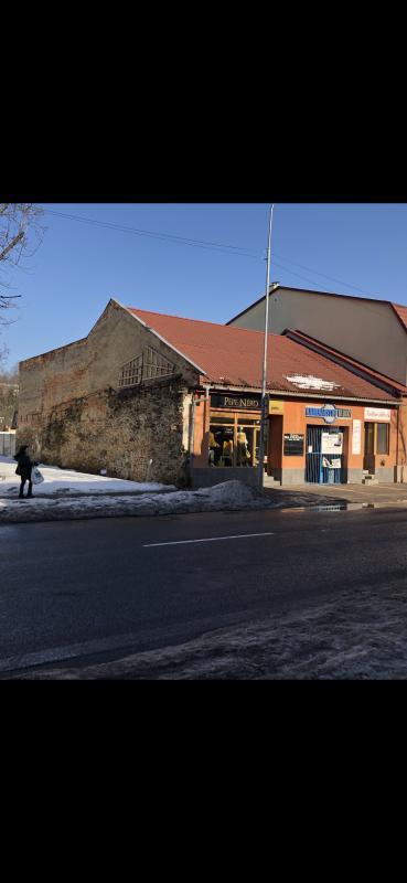 Predaj budovy na podnikanie v top lokalite centra Brezna