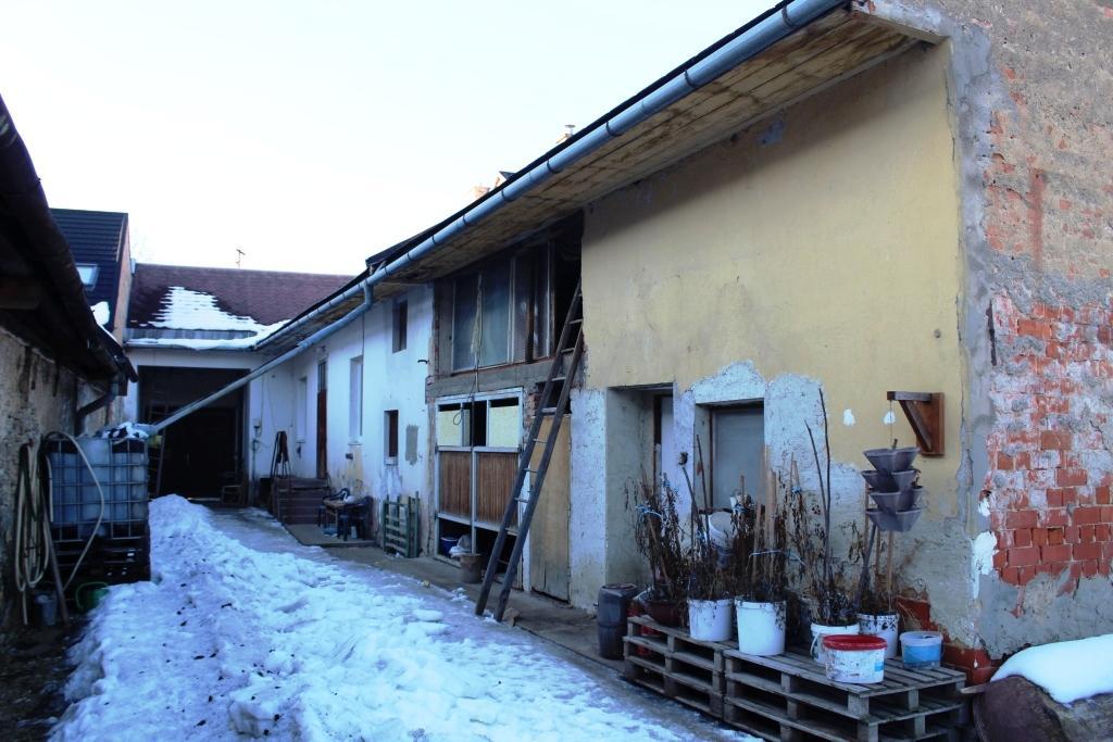 EXKLUZÍVNE Vidiecky dom v centre mesta
