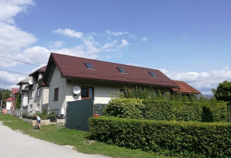 Krásny domček,chalupa,na slnečnom rovinatom pozemku