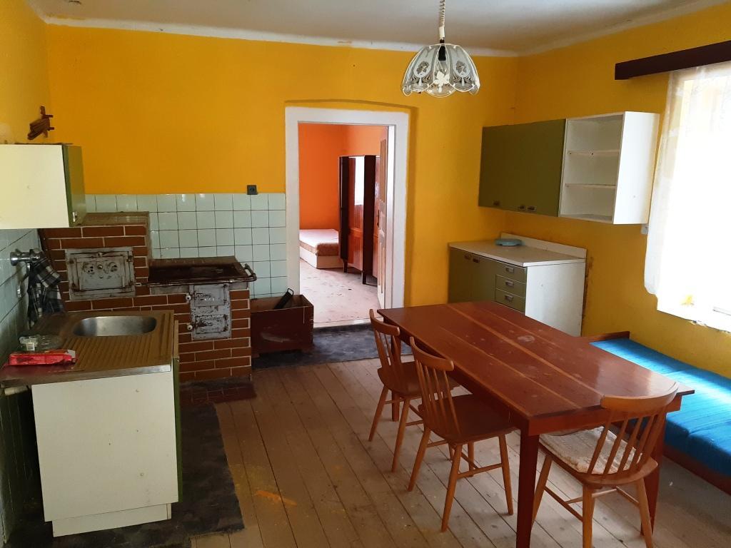 Exkluzívne zachovalý rodinný dom v obci Pohronská Polhora