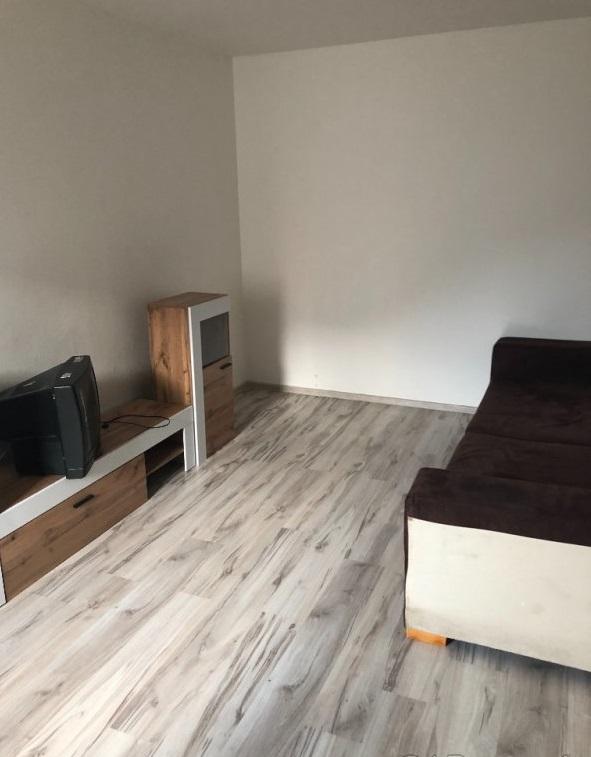 Predaj:1 izbový byt v Podbrezovej po čiast.rekonštrukcii