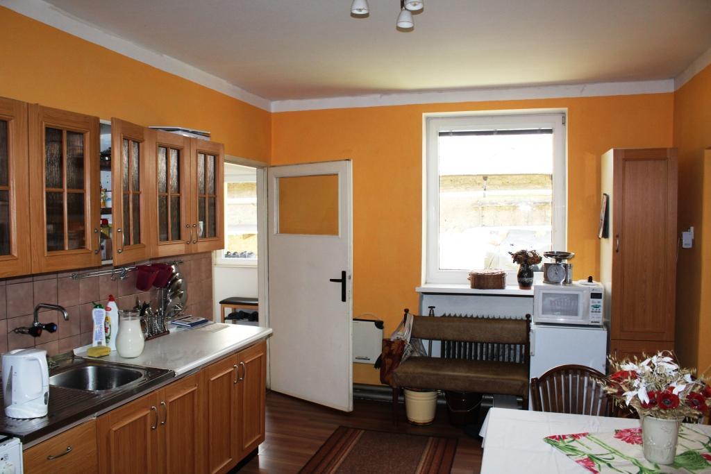 Predaj, Rodinný dom, Hronec, Brezno, Čiastočná rekonštrukcia