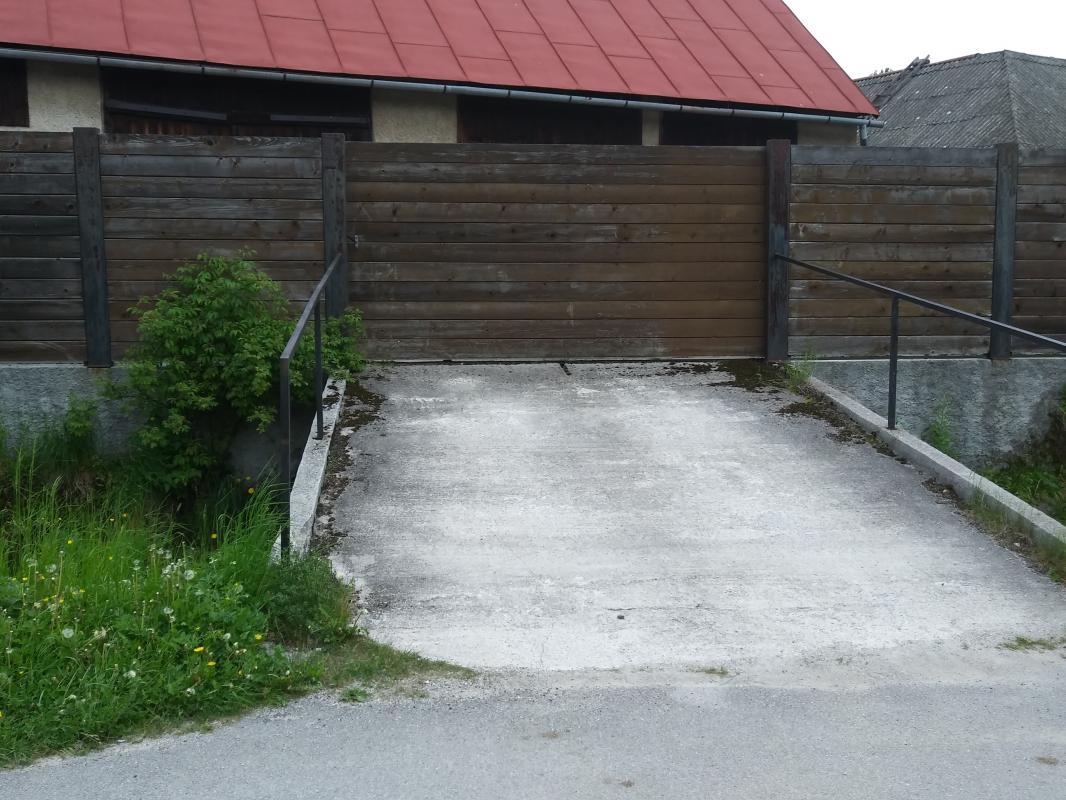 Dom penzión stolárska dielňa autodielňa Telgárt Horehronie