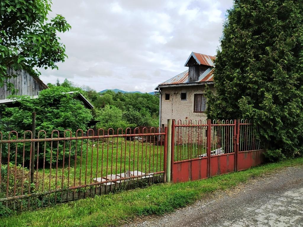 EXKLUZIVNE, IBA U NÁS na predaj rodinný dom Dolná Lehota /tichá lokalita/