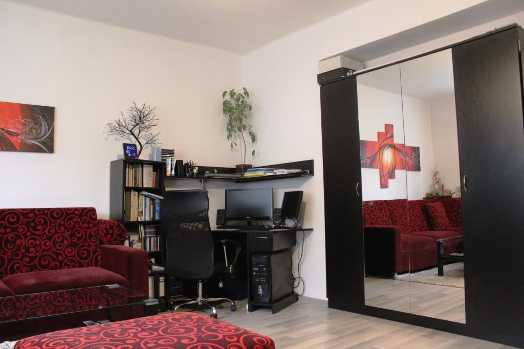 Reality Brezno, Reality Hronec, predaj bytov, 2 izbový byt Hronec, čiastočná rekonštrukcia 200 m2 pozemku