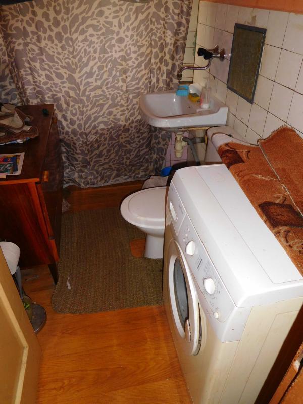 Exkluzívne ponúkame na predaj 2 izbový byt Valaská-balkon,výborná lokalita