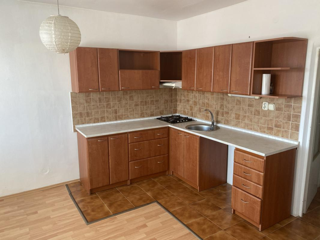 Na predaj 1 izb.zrekonštruovaný byt v centre Brezna-super cena!!!
