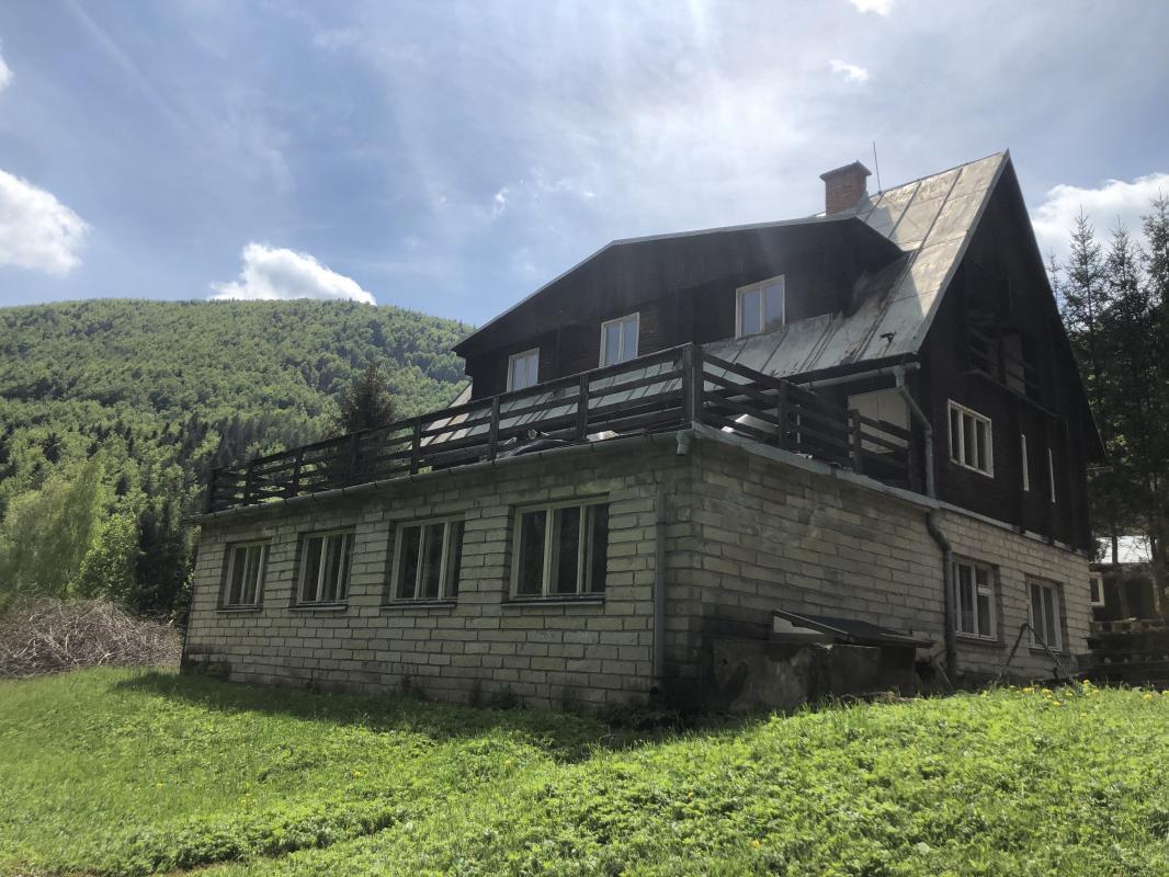 Exkluzívne na predaj Rekreačný komplex v Moštenici