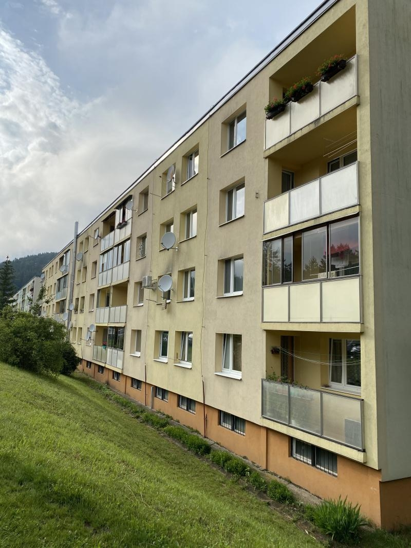 EXKLUZIVNE! 3i BYT ulica Tulská Banská Bystrica