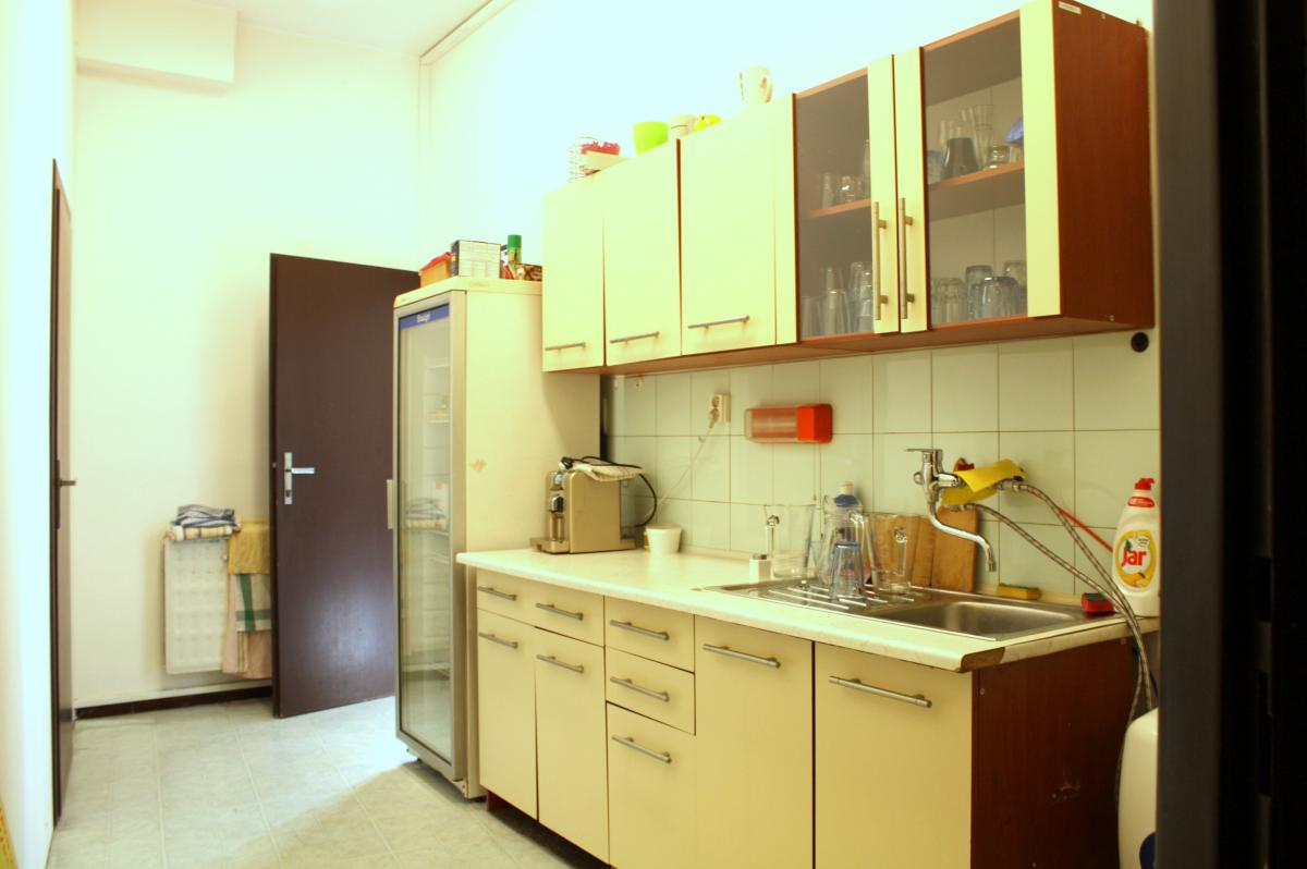 Podnájom kancelárie 30 m2, centrum, Banská Bystrica