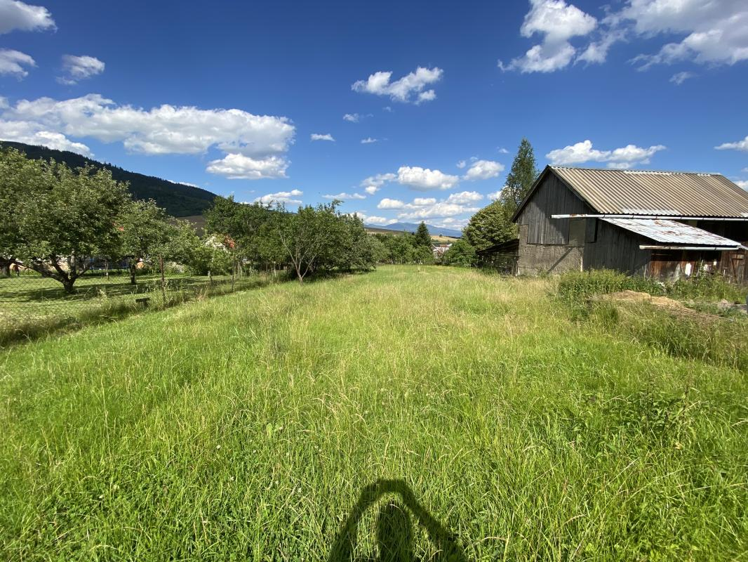 Predáme udržiavaný dom na Bacúchu s úžasným pozemkom