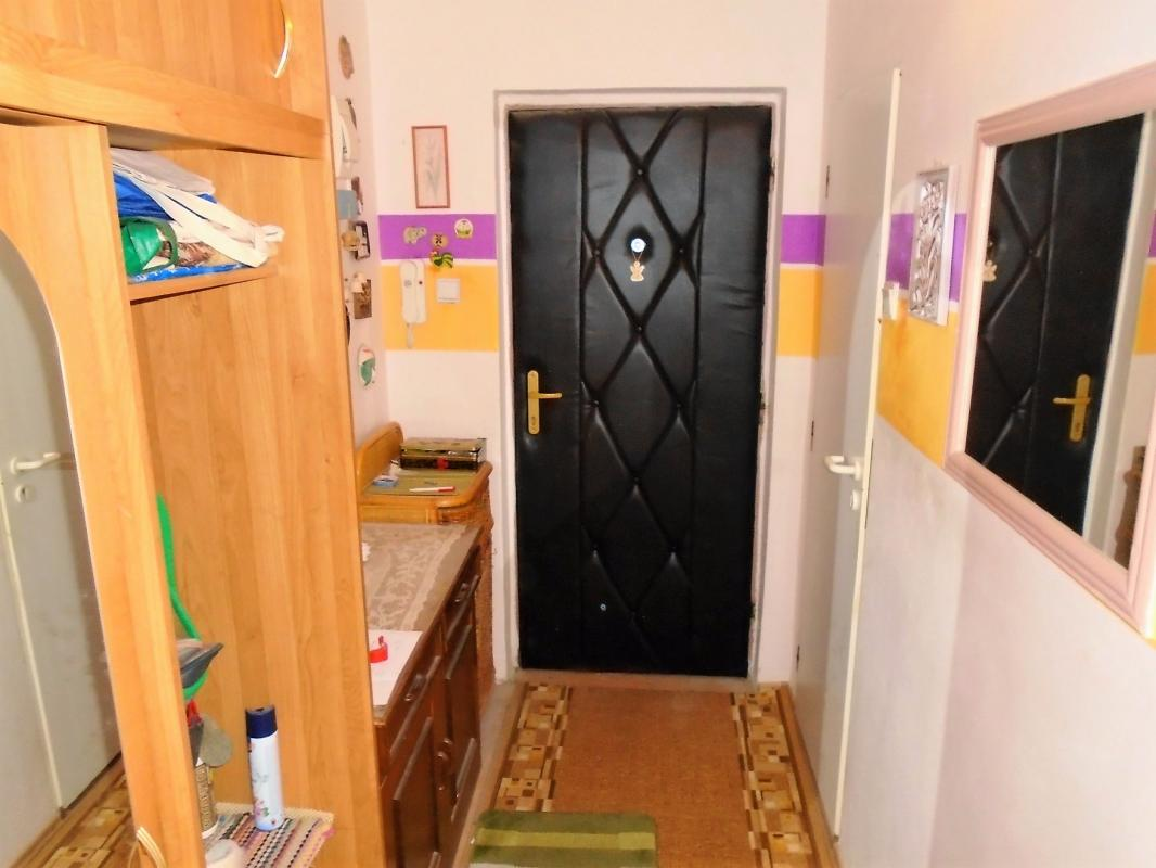 Pekný 3 izbový byt v Brezne s balkónom