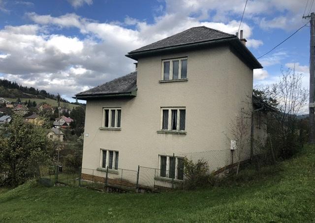 Na predaj šikovný dom v obci Beňuš,tichá a slnečná lokalita