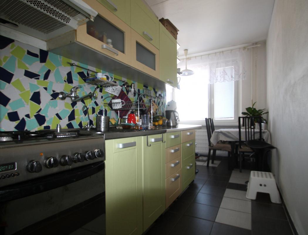 REZERVOVANÉ Predaj byt 3 izbový, na dobrej ulici, Banská Bystrica