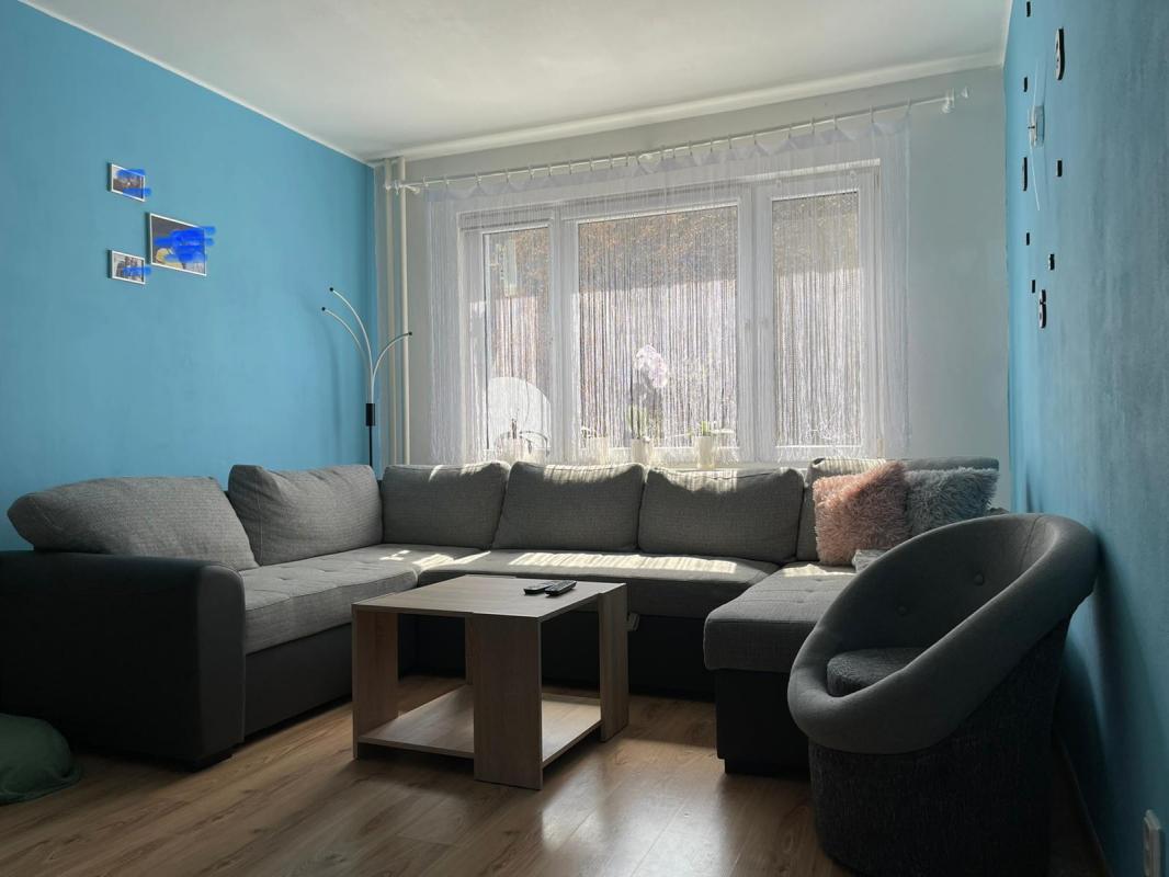 Predaj:2 izbový komplet zrekonštruovaný byt aj so uariadením v Podbrezovej