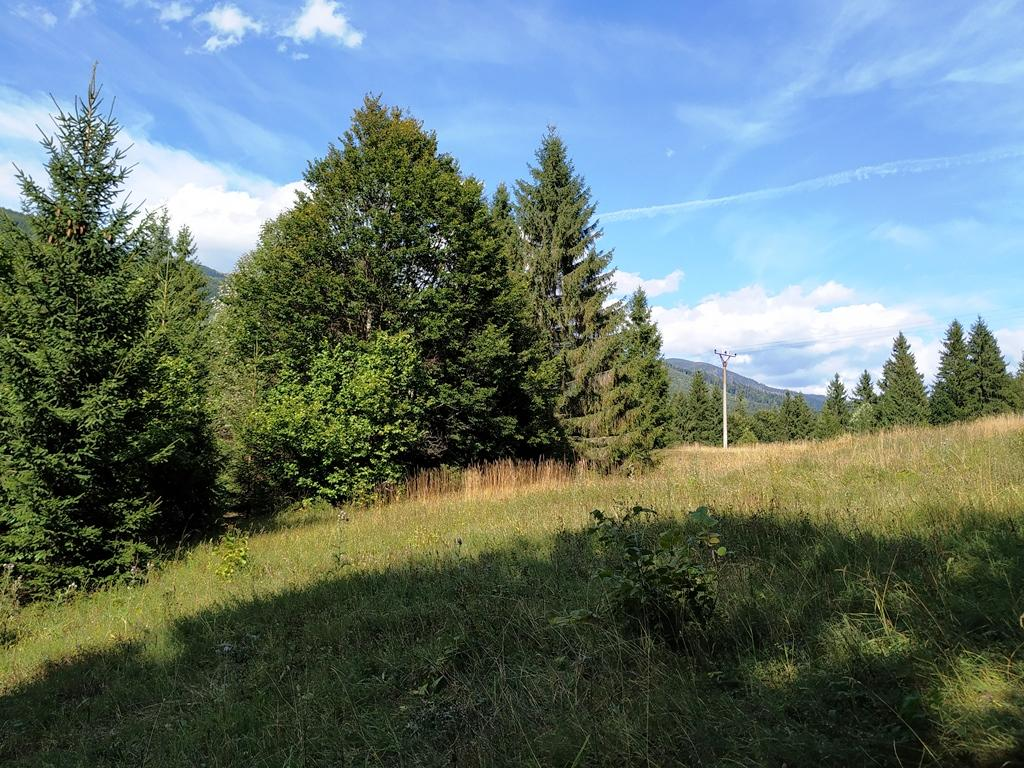 PREDAJ: lukratívny pozemok v rekreačnej oblasti pri jazere- Horná Lehota - Krpáčovo