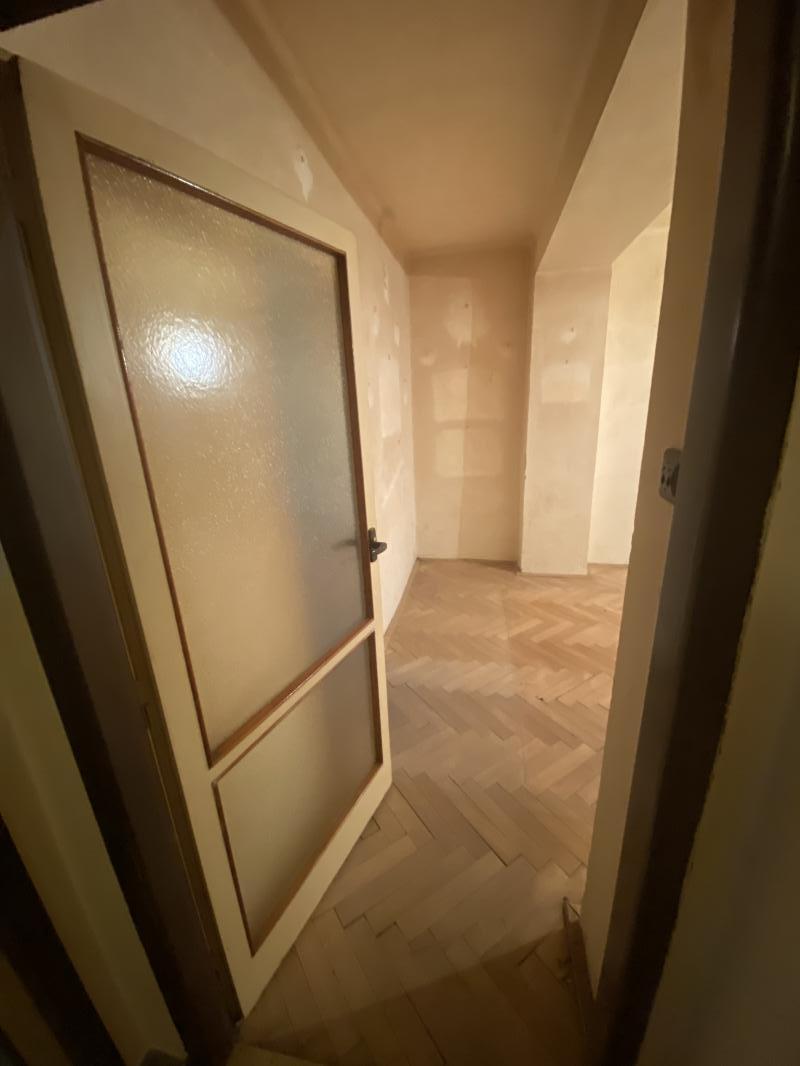 Na predaj slnečný,stredový 2 izbový byt neďaleko od centra Brezna