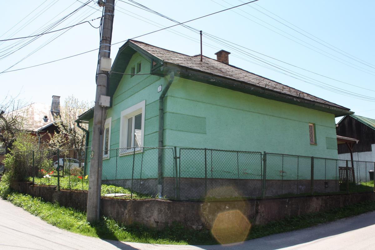 PREDANÉ Predaj rodinný dom, Stredná, Hronec