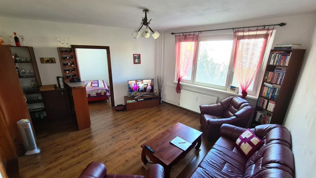 REZERVOVANÉ Nádherný 4 izbový byt po rekonštrukcii