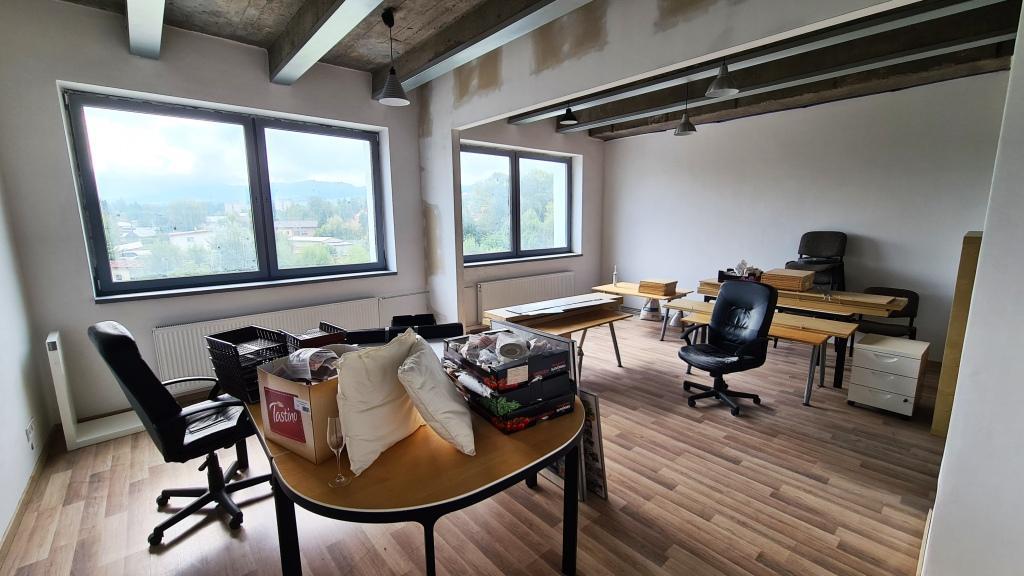 Exkluzívne obchodné/kancelárske priestory na prenájom