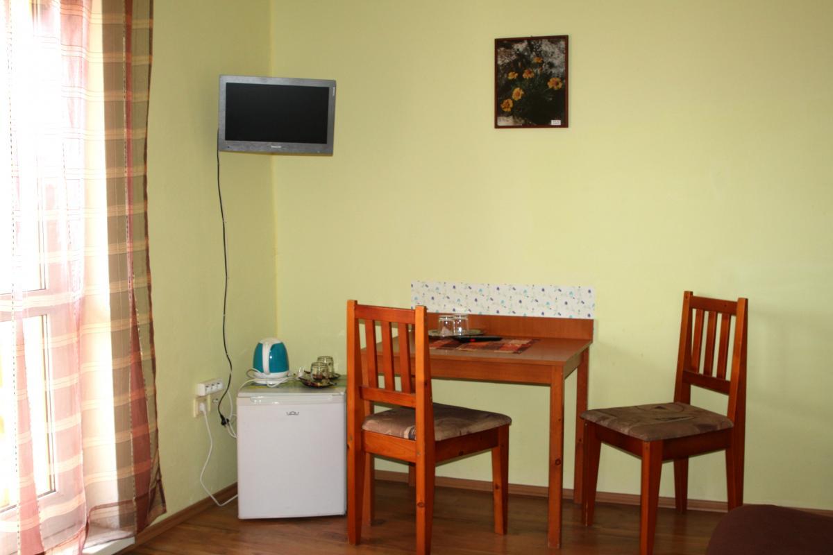 Investičná príležitosť - penzión v Kováčovej v pešej dostupnosti na kúpalisko a kúpele